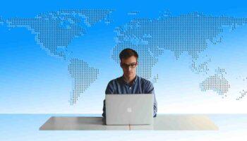 Como comprar passagens aéreas pela internet?